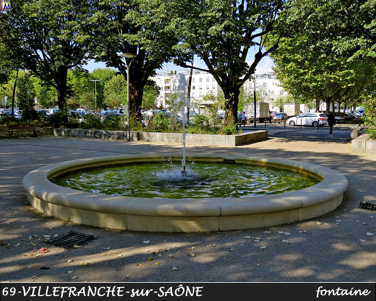 69VILLEFRANCHE-SAONE_fontaine_100.jpg