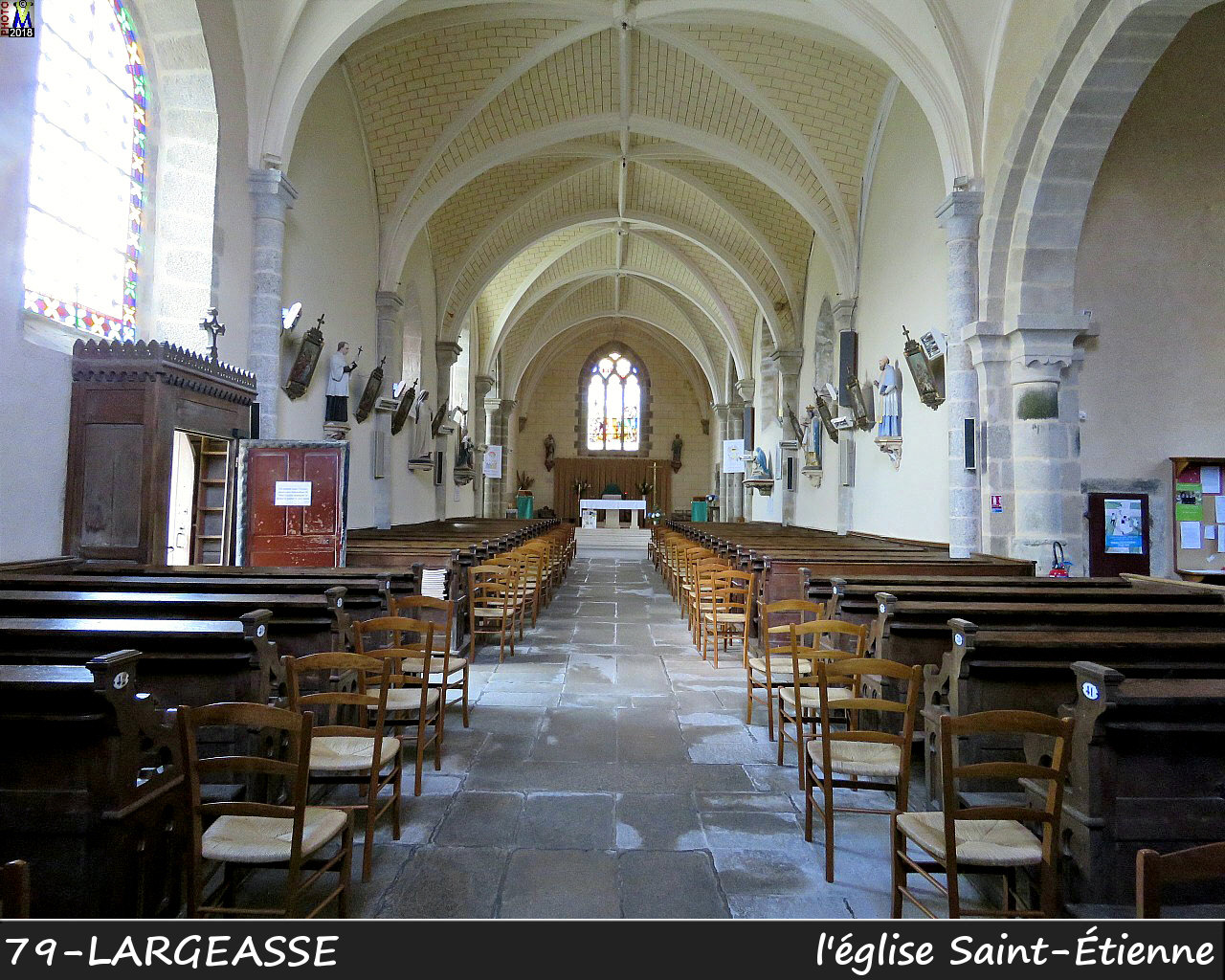 79LARGEASSE_eglise_1100.jpg