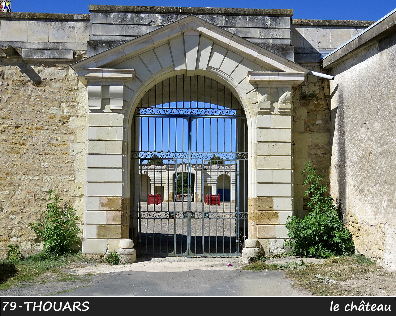 79THOUARS_chateau_1014.jpg