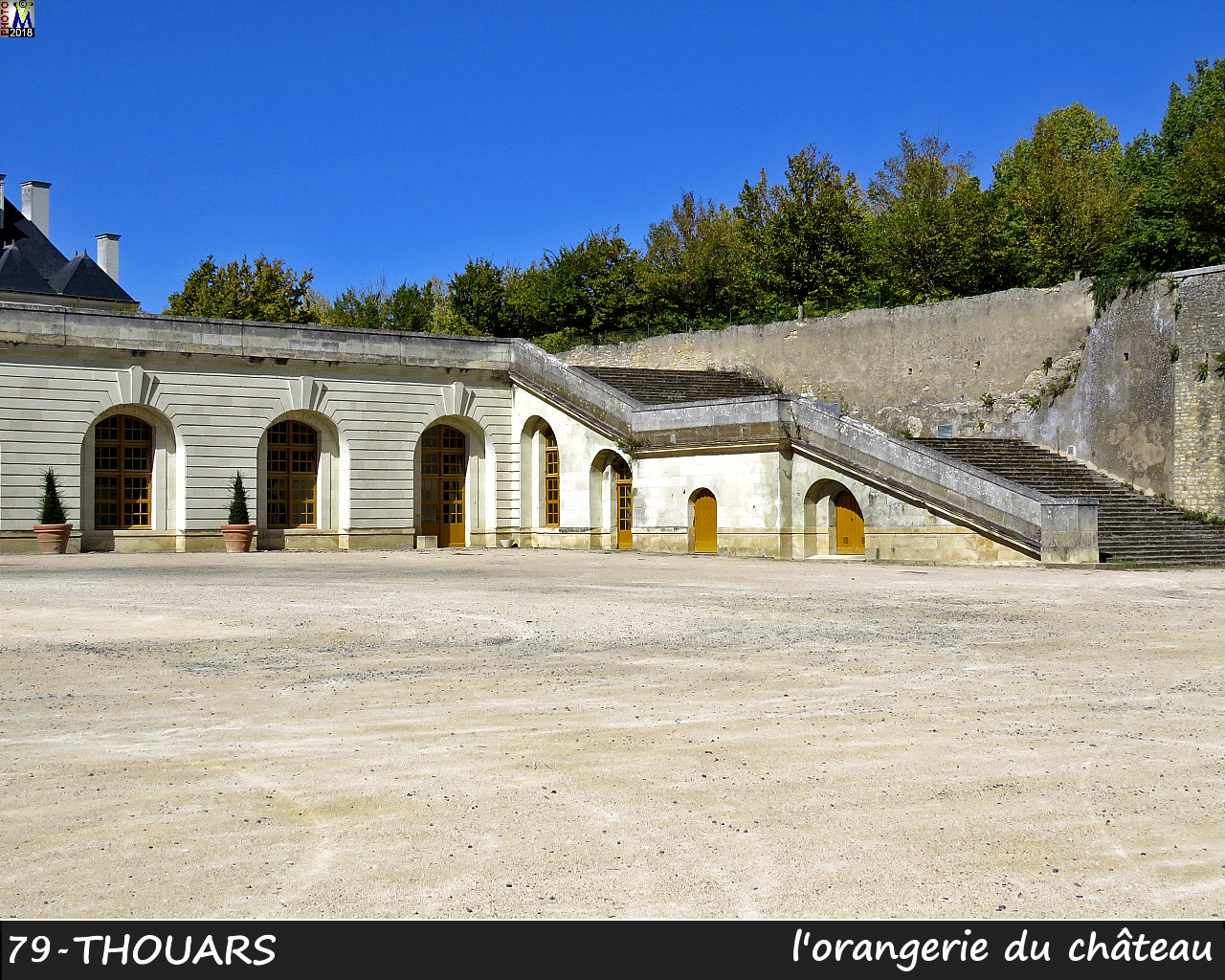 79THOUARS_chateau_1304.jpg