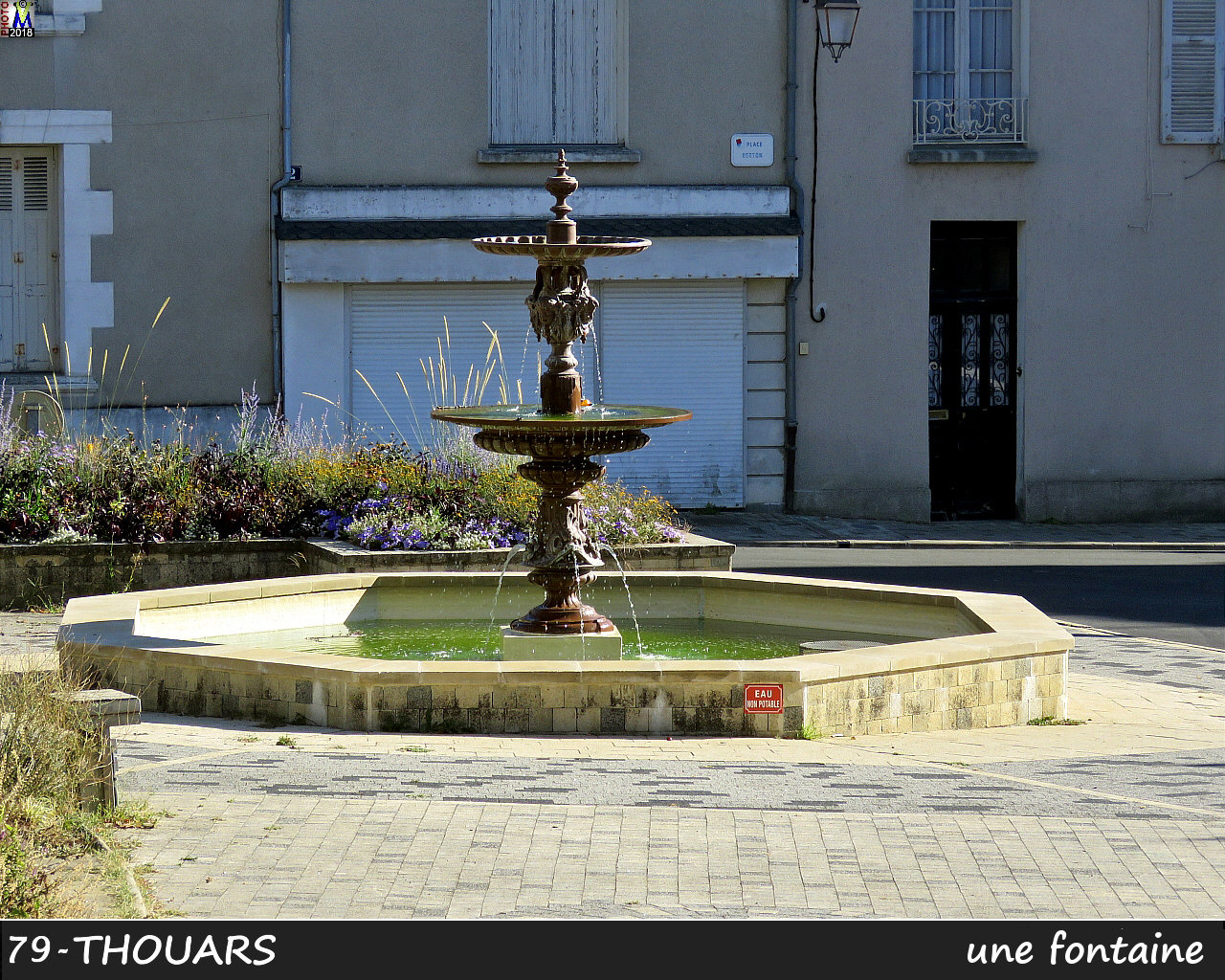 79THOUARS_fontaine_1000.jpg