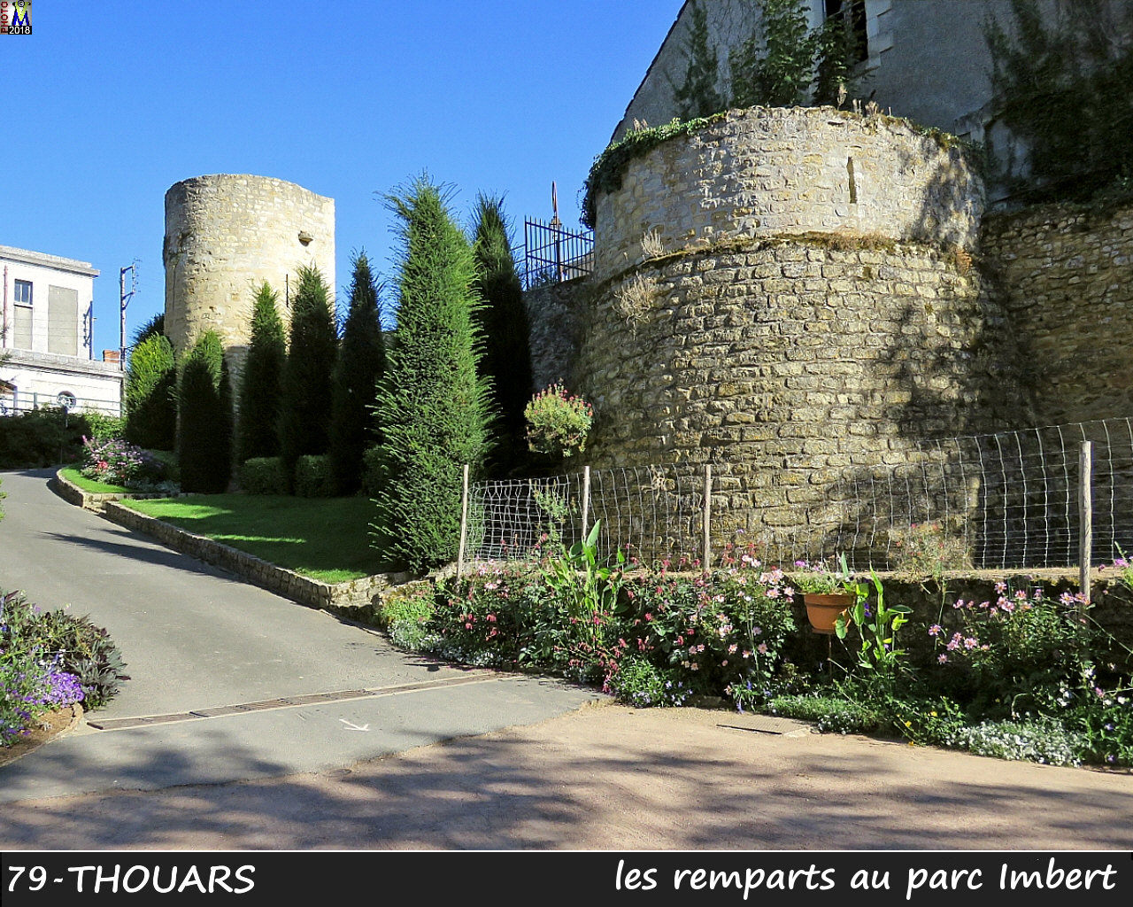 79THOUARS_remparts_1000.jpg