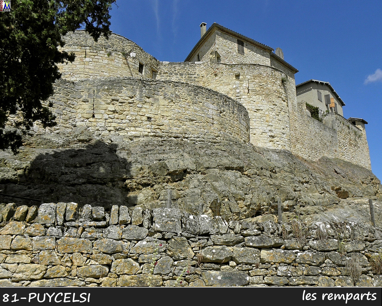 81PUYCELSI_remparts_100.jpg