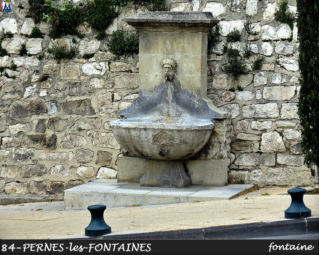 84PERNES-FONTAINES_fontaine_118.jpg