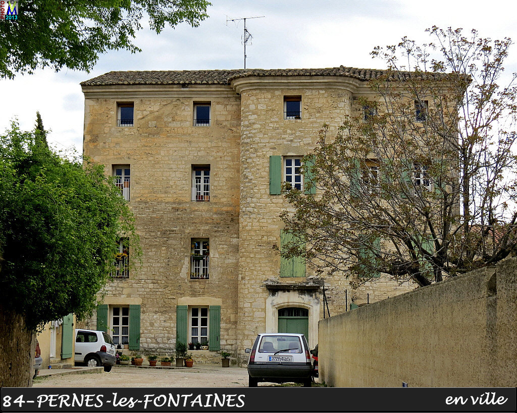 84PERNES-FONTAINES_ville_114.jpg