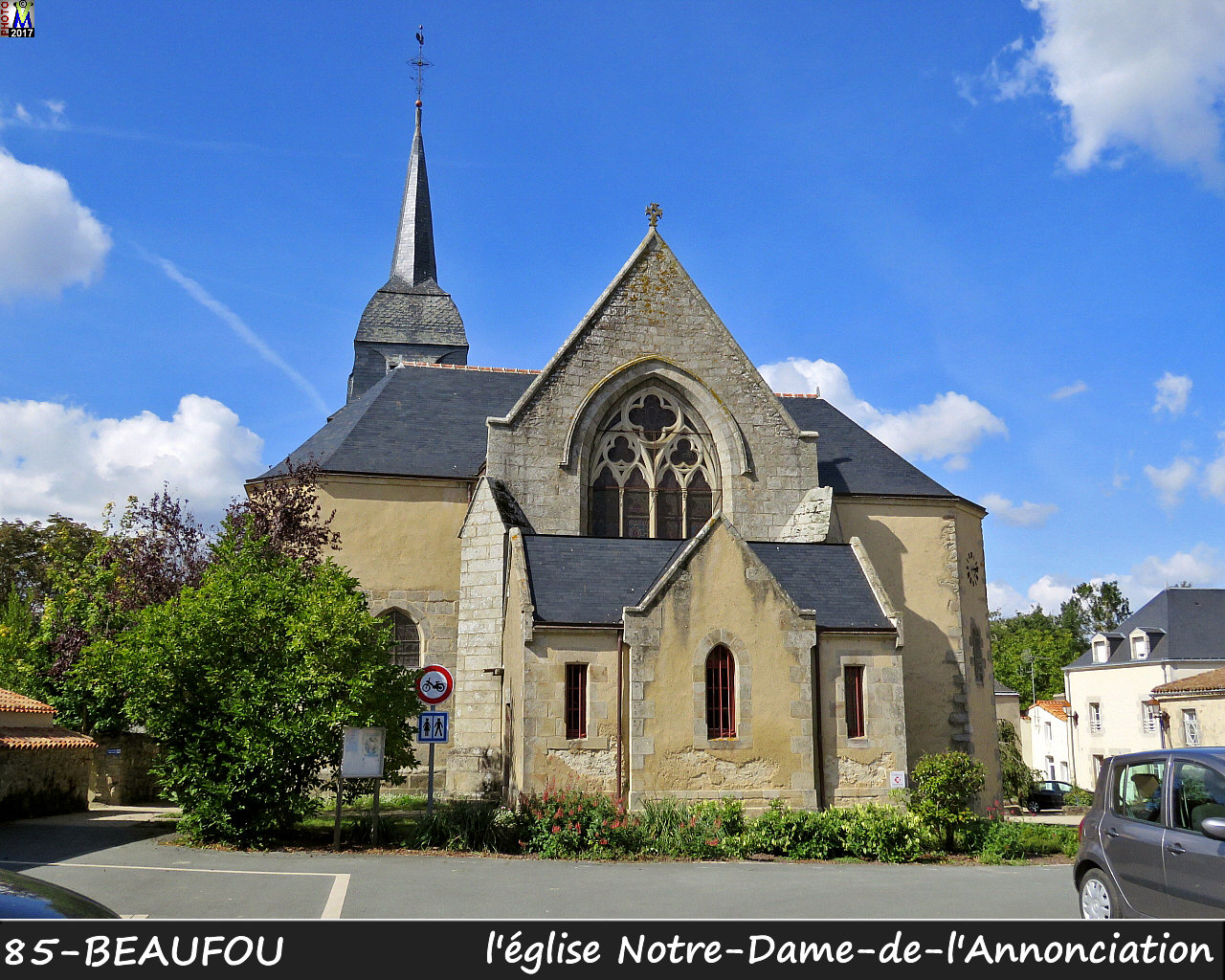 85BEAUFOU_eglise_104.jpg