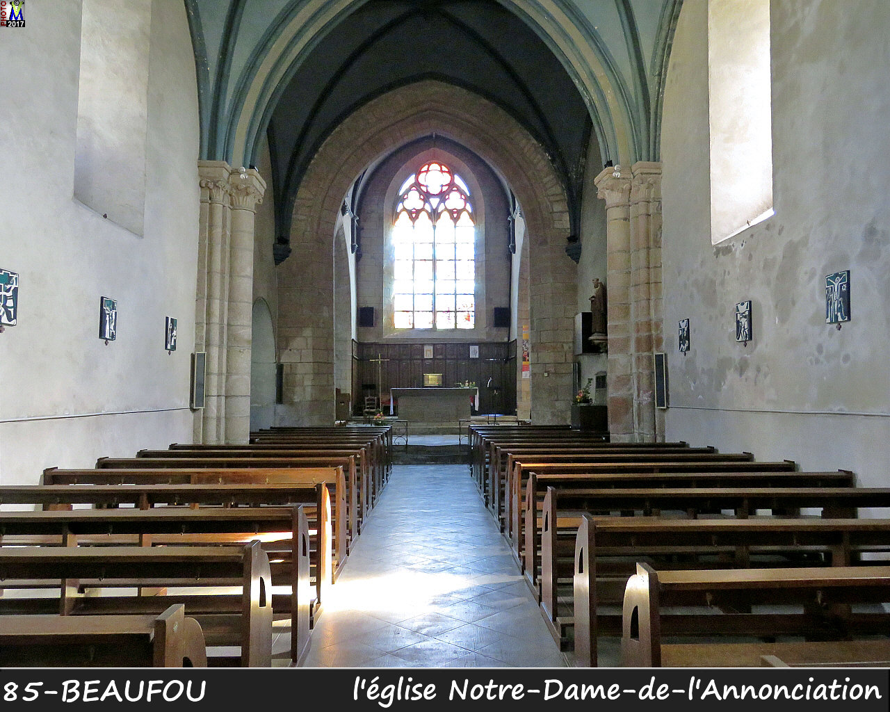 85BEAUFOU_eglise_200.jpg