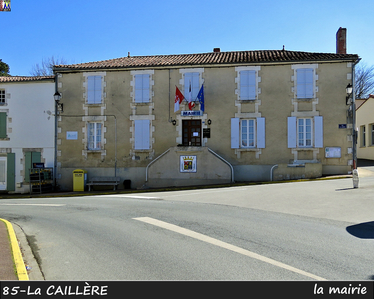 85CAILLERE-ST-St-HILAIRE_mairie_1000.jpg