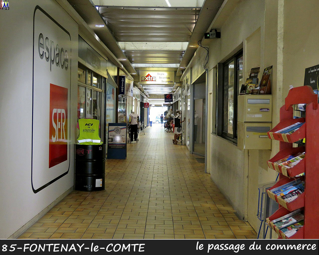 85FONTENAY-COMTE_commerce_1004.jpg