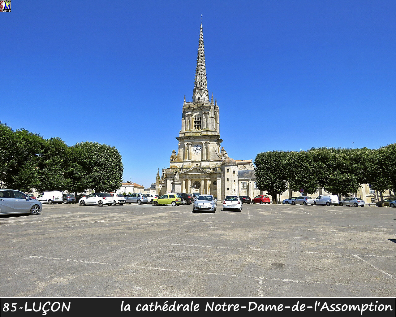 85LUCON_cathedrale_100.jpg