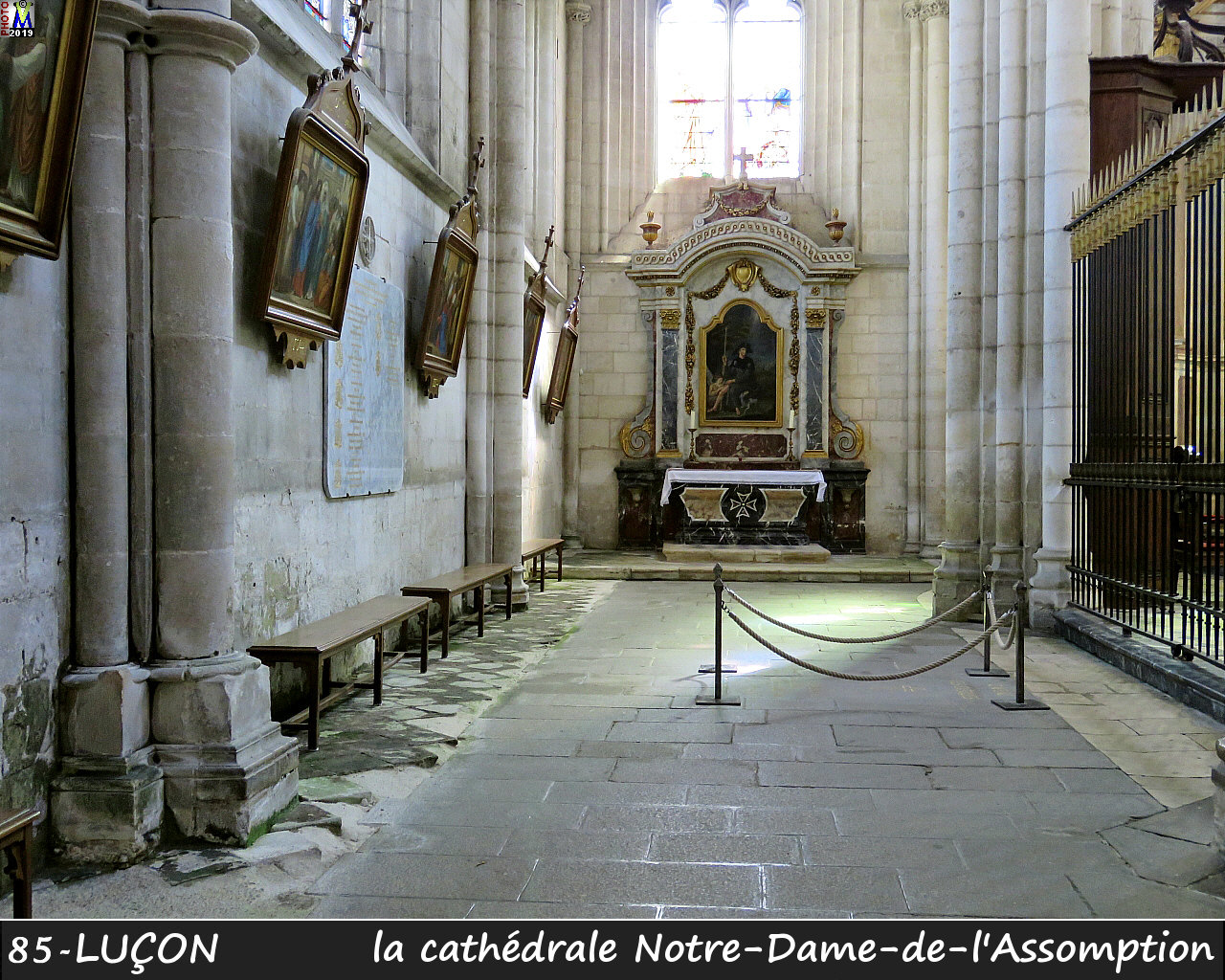 85LUCON_cathedrale_212.jpg