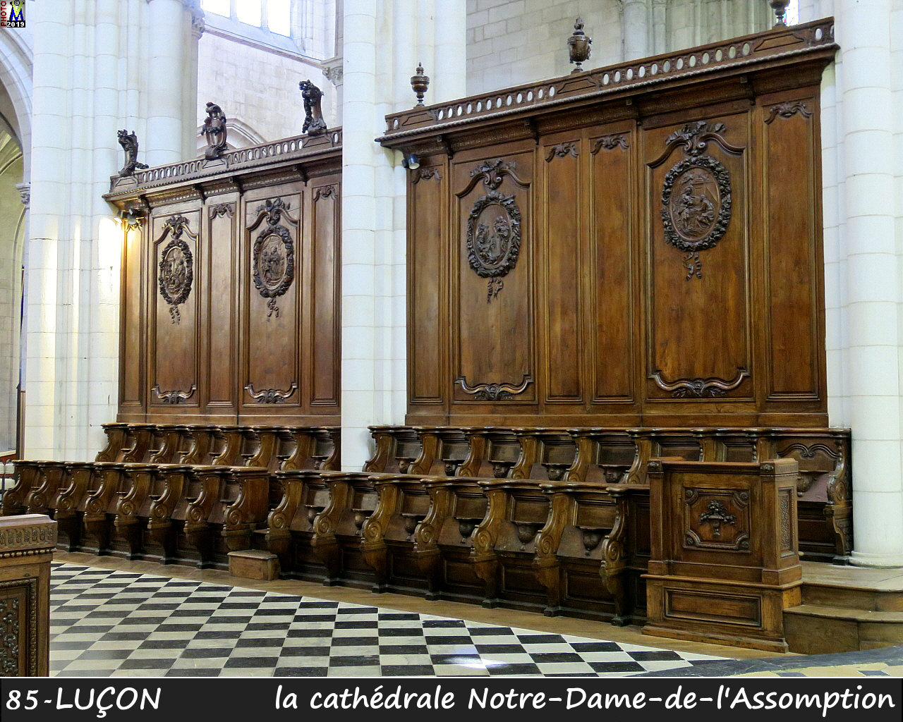 85LUCON_cathedrale_244.jpg