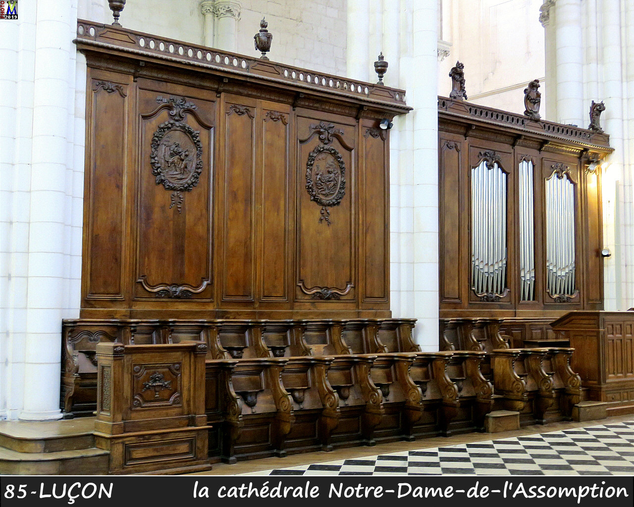 85LUCON_cathedrale_246.jpg