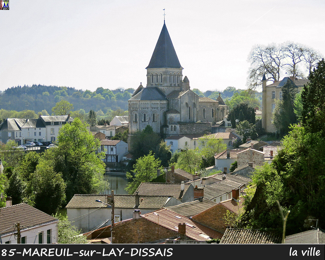 85MAREUIL-LAY_ville_1000.jpg