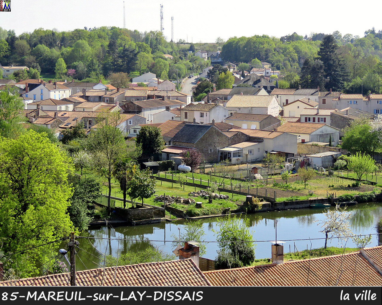 85MAREUIL-LAY_ville_1004.jpg