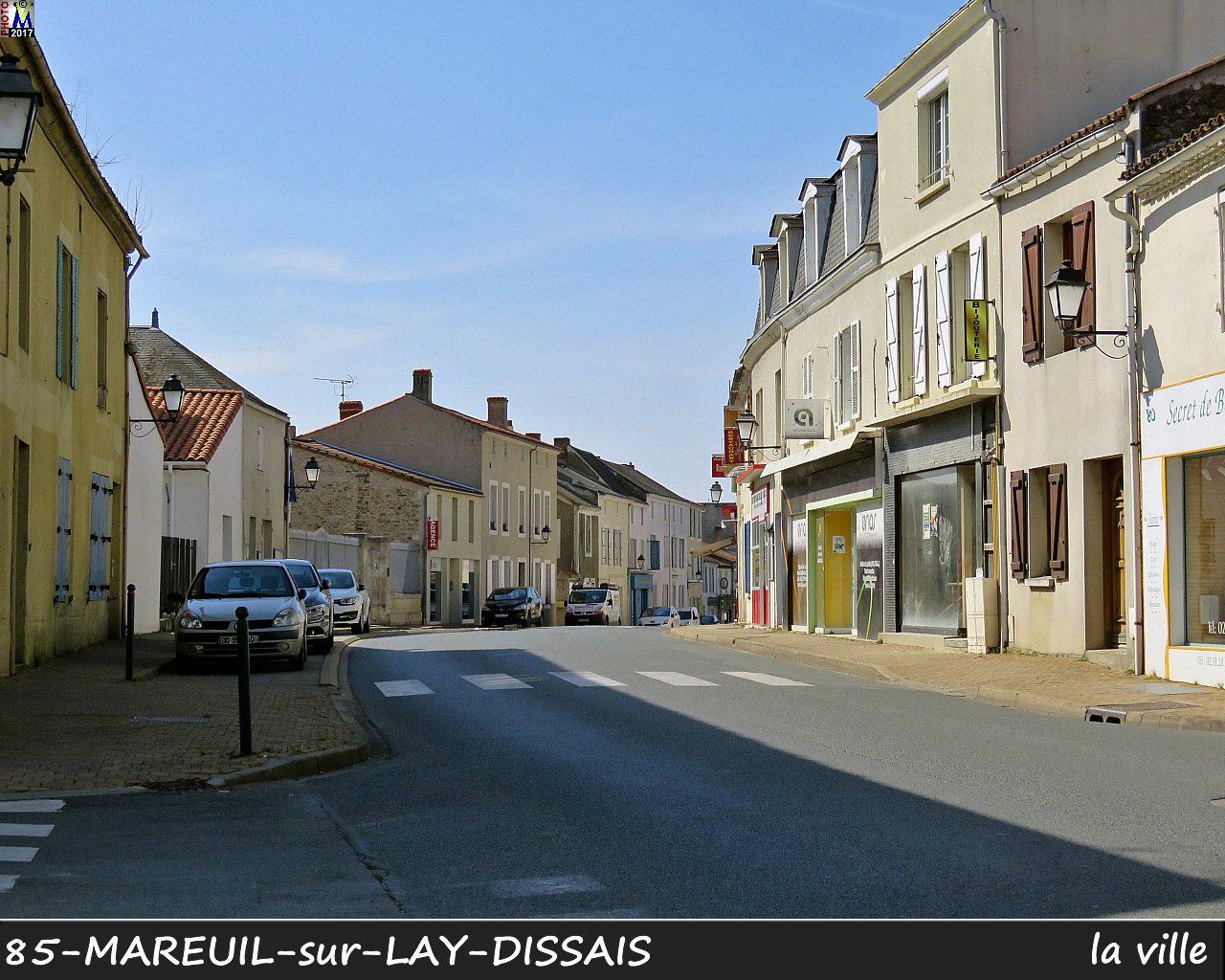85MAREUIL-LAY_ville_1012.jpg