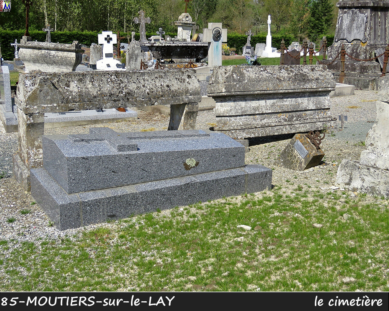 85MOUTIERS-LAY_cimetiere_1014.jpg