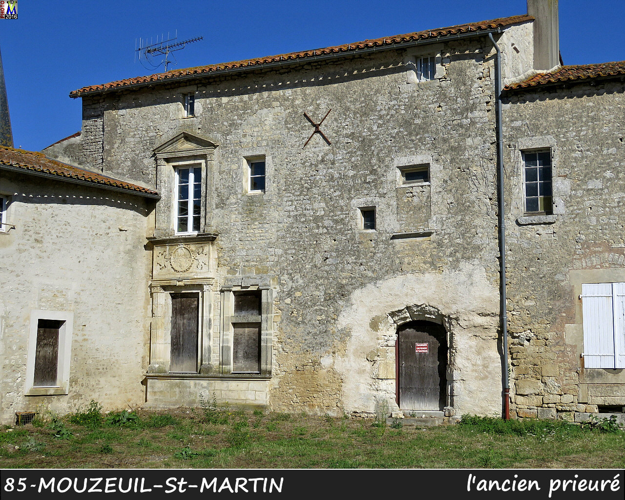 85MOUZEUIL-StMARTIN_prieure_1000.jpg