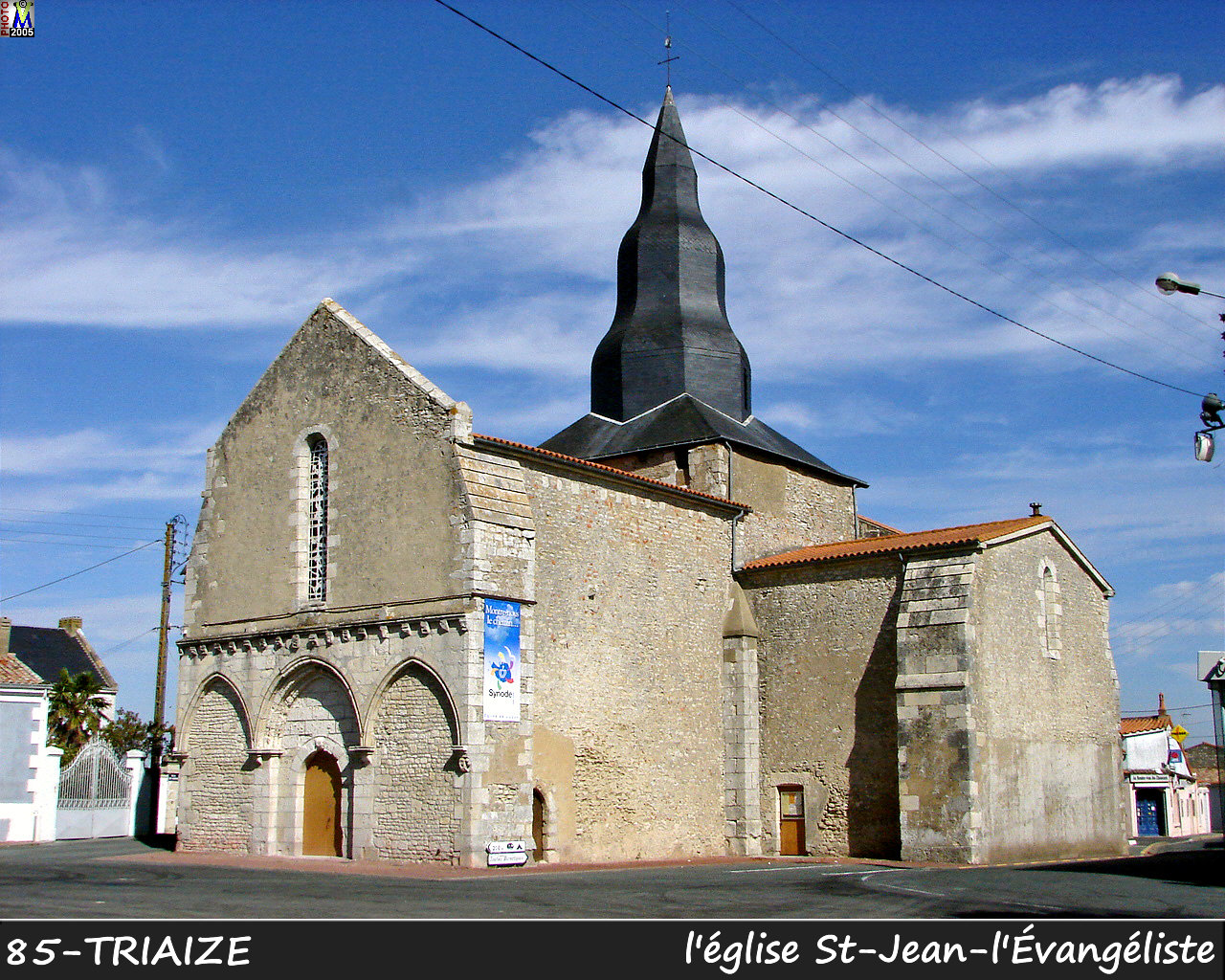 85TRIAIZE_eglise_100.jpg