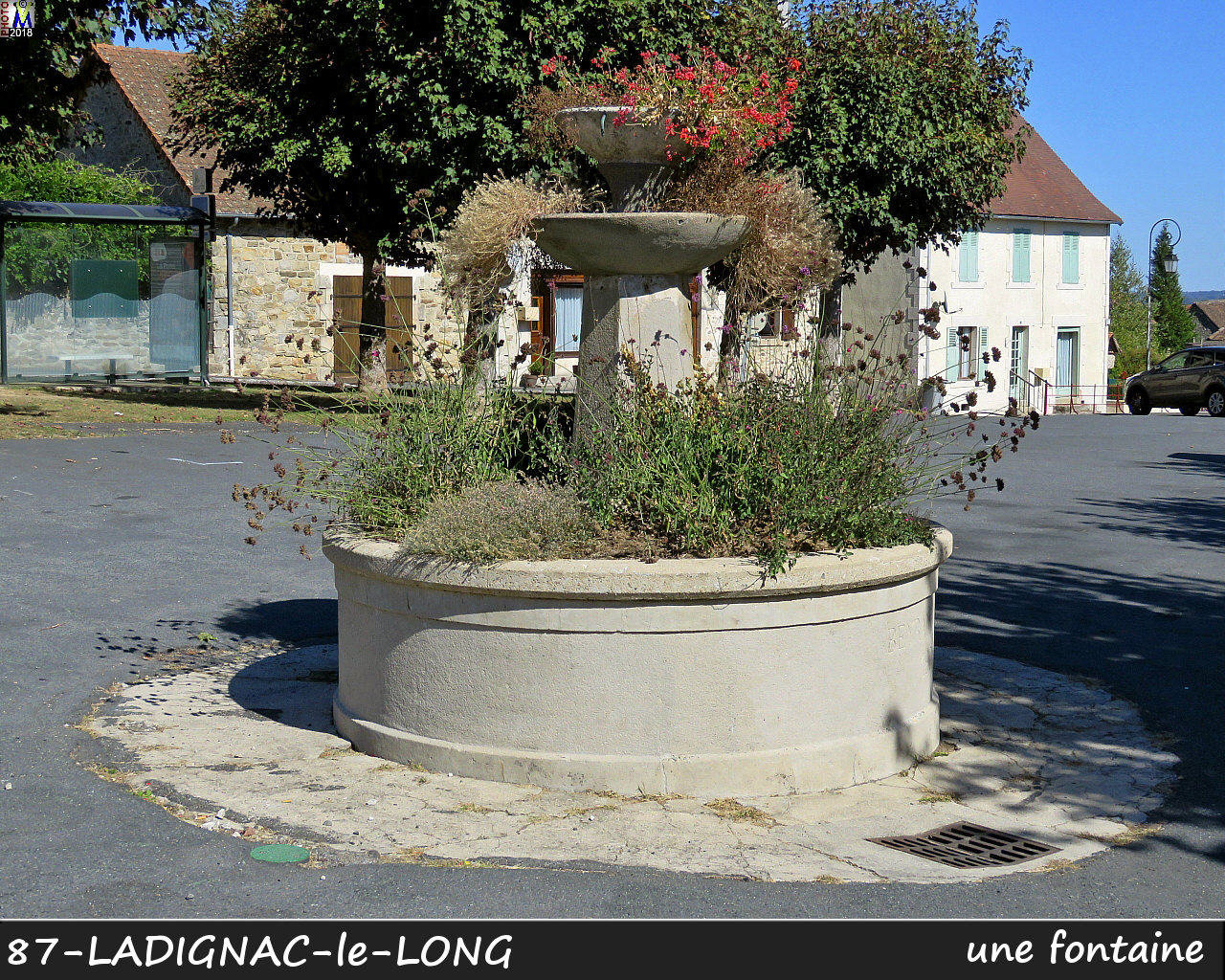 87LADIGNAC-LONG_fontaine_100.jpg