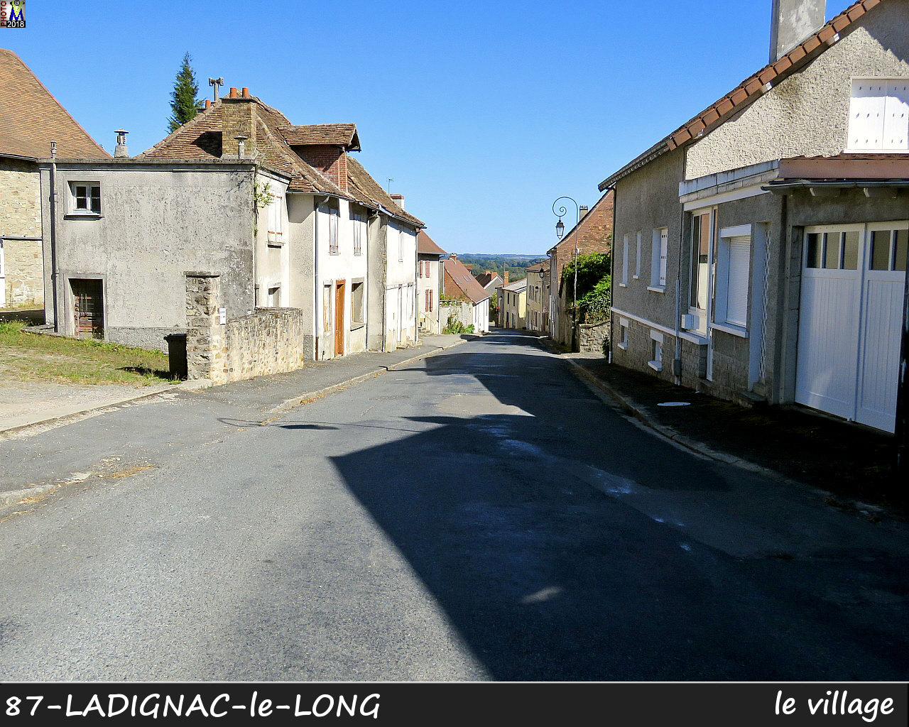 87LADIGNAC-LONG_village_100.jpg