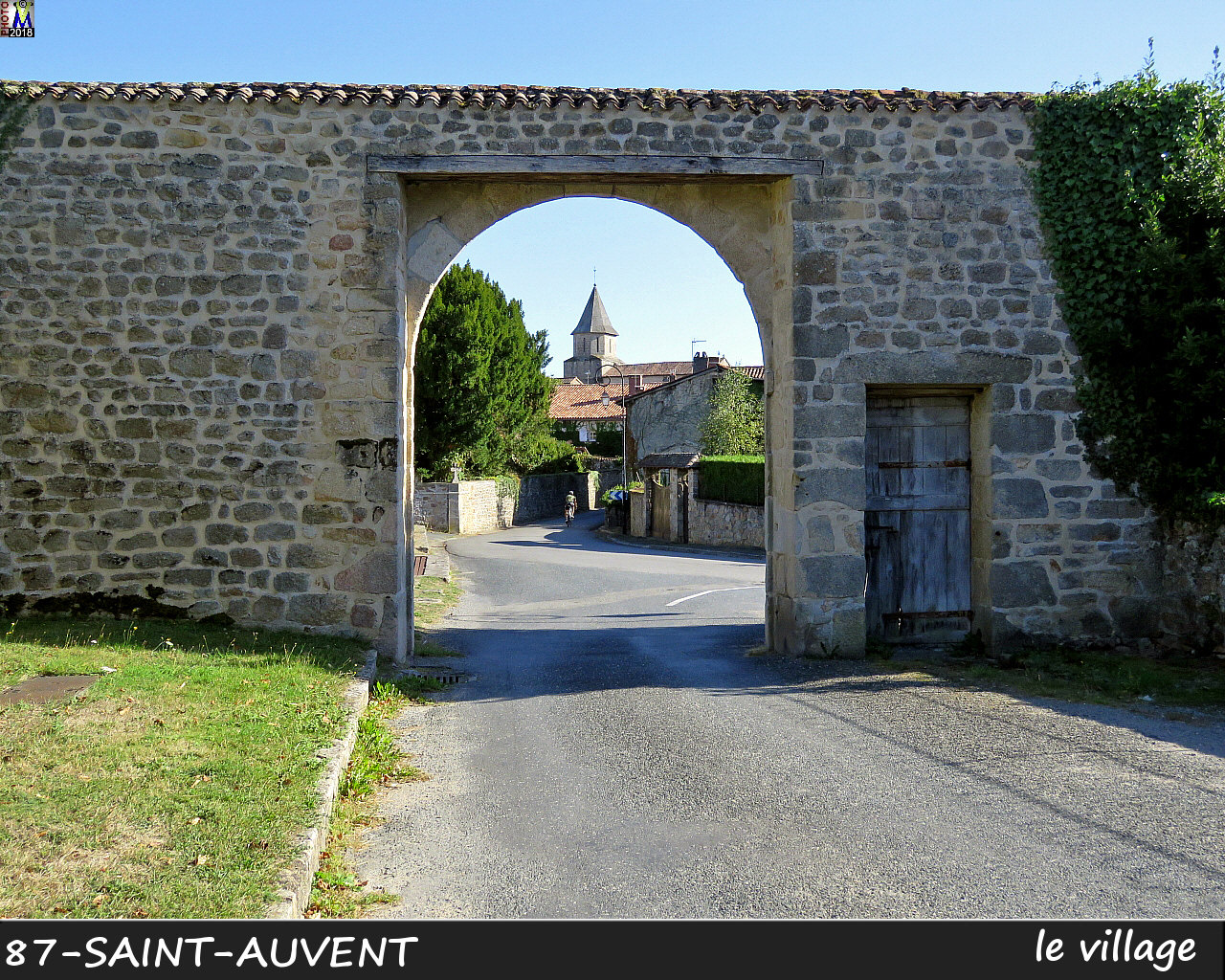 87St-AUVENT_village_1006.jpg