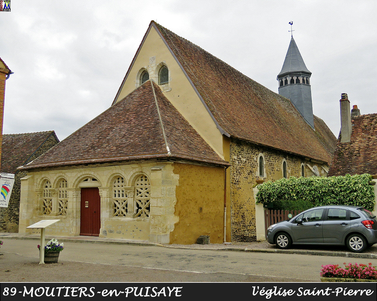 89MOUTIERS-PUISAYE_eglise_100.jpg