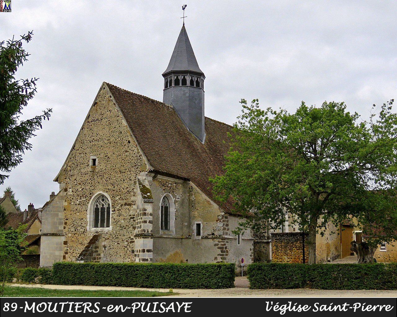 89MOUTIERS-PUISAYE_eglise_104.jpg